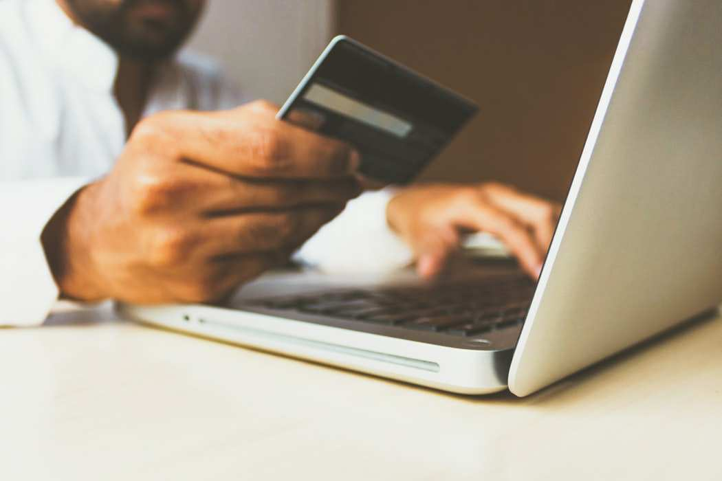 What is a cashless economy?.