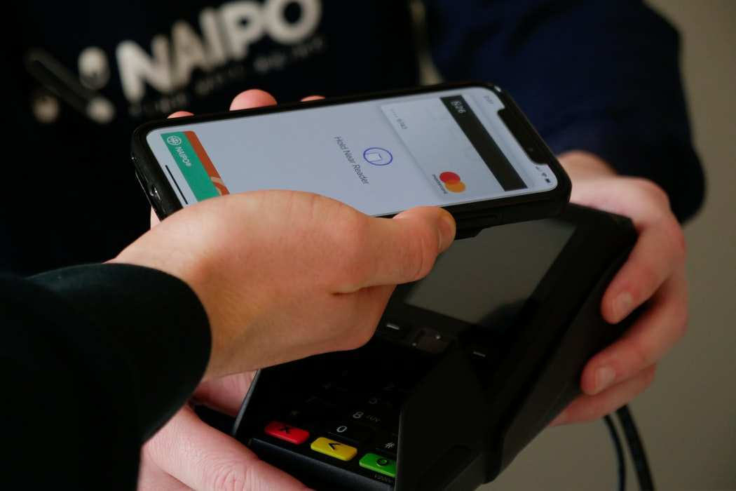 Banks are ready to take the change of cashless economy